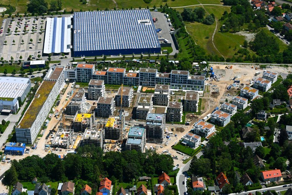 MNCHEN-06-07-2021-Baustelle-zum-Neubau-einer-Mehrfamilienhaus-Wohnanlage-Paosopark-entlang-der-Micha.jpg