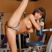 albina-nude-gym-workout-tits-flexible-eroticbeauty-10