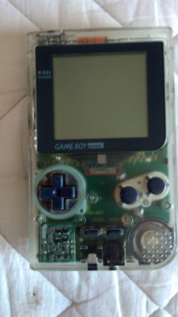 Nintendo-Gameboy-Pocket