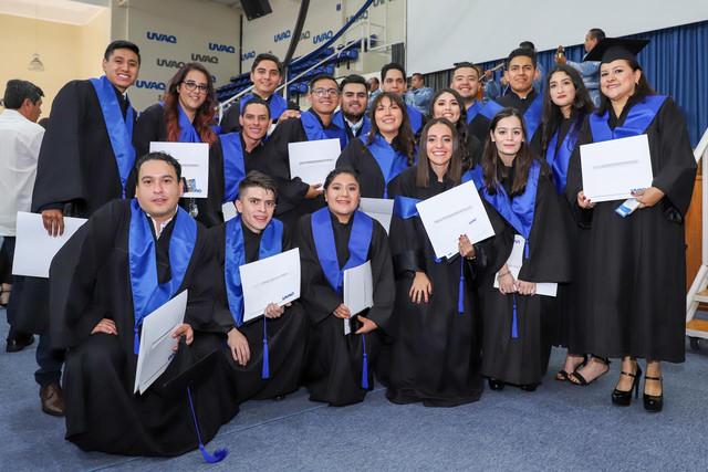 Graduacio-n-Cuatrimestral-95