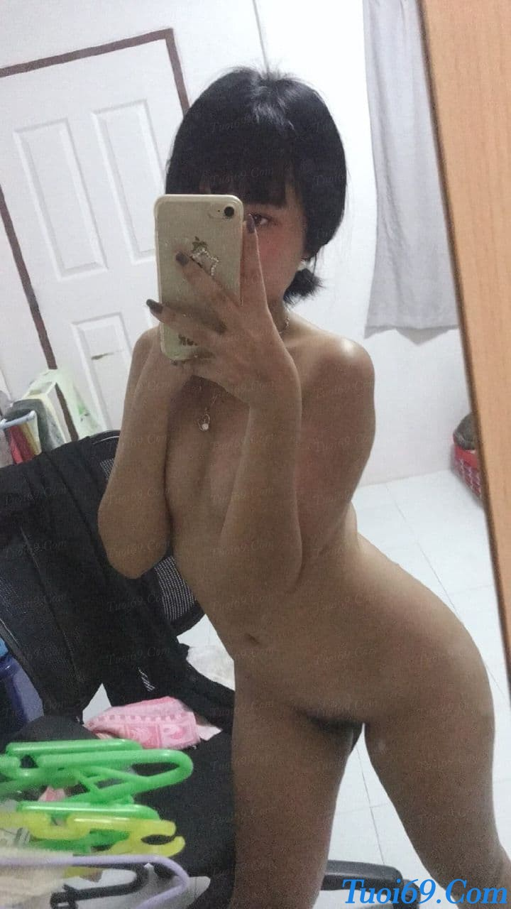 tuoi69com-anh-nong-nu-sinh-nghi-dich-thi-minh-them-chich-2