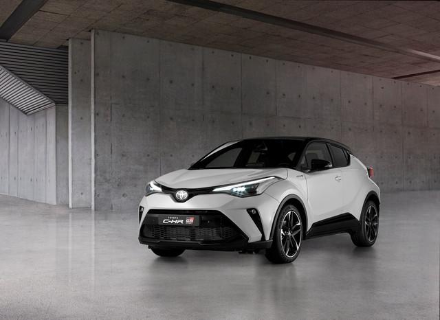 2016 - [Toyota] C-HR - Page 11 126-D6-CA1-AE5-C-43-D1-A325-55-B8-F580-FACF