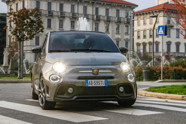 2015 - [Fiat] 500 Restylée - Page 24 11-EC6903-1-E55-4-EF8-BBA3-1-CAEC8359-D09