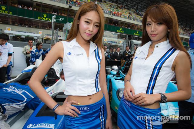 The-lovely-KCMG-girls