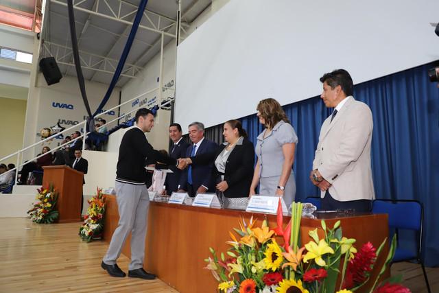 Graduacio-n-Prepa-Sto-Toma-s-215