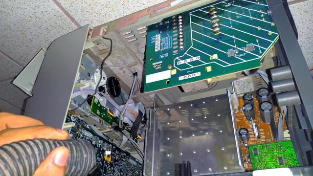 Resgatando um antigo system Aiwa, para uso como monitor/amplificador 2