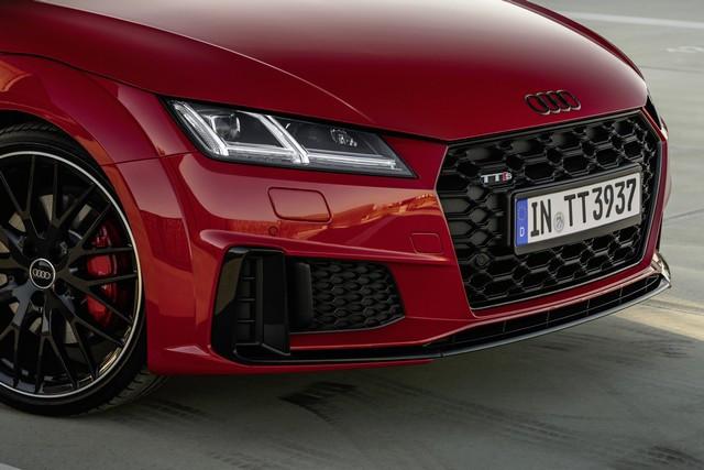 Accent sportif : l'Audi TTS competition plus A208490-medium