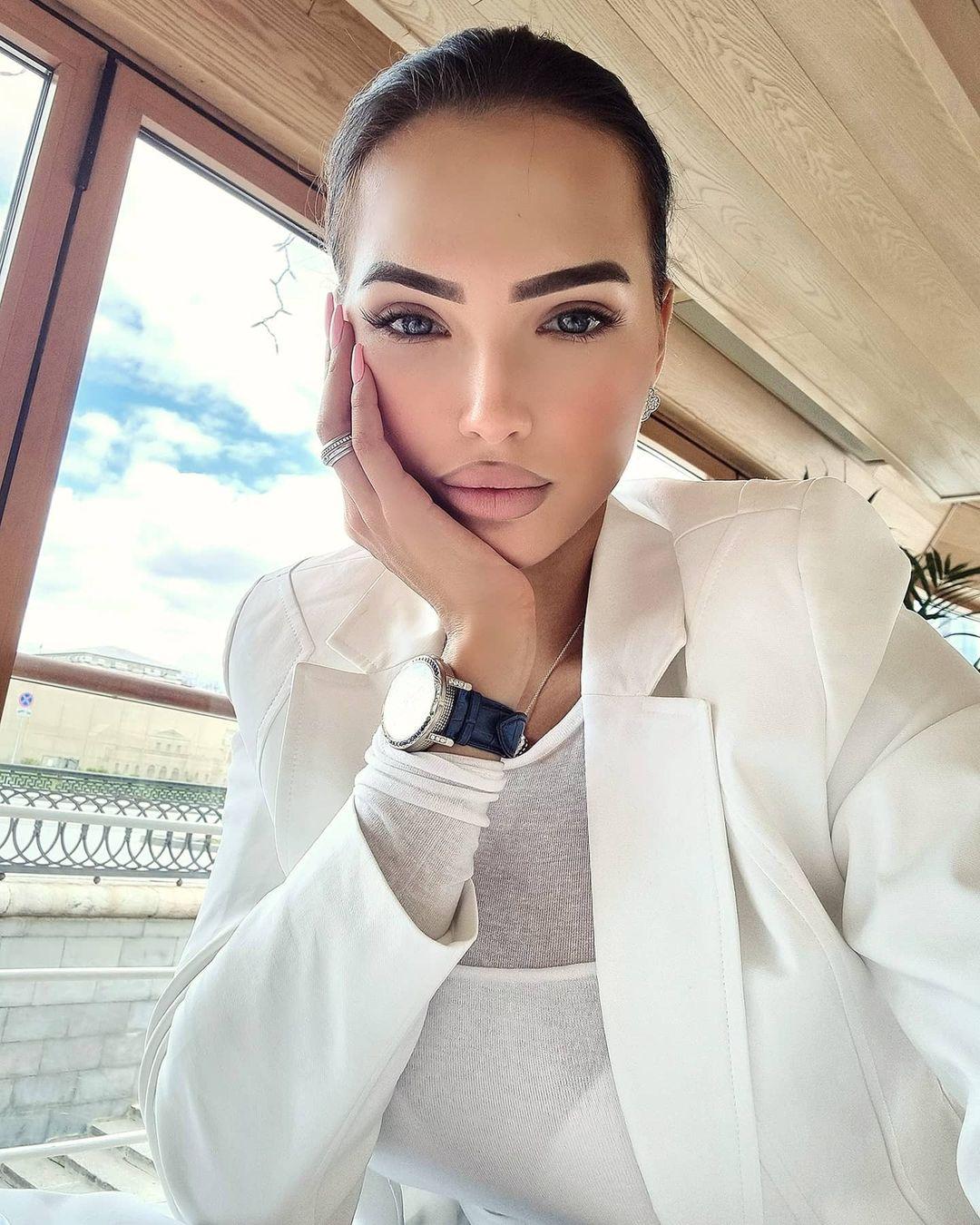 Elizaveta-Berejnaya-Wallpapers-Insta-Fit-Bio-Miss-elizabeth-sol-Wallpapers-Insta-Fit-Bio-15
