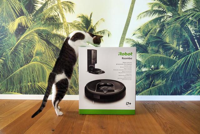 i-Robot-Roomba-i7plus-13-1500x1000