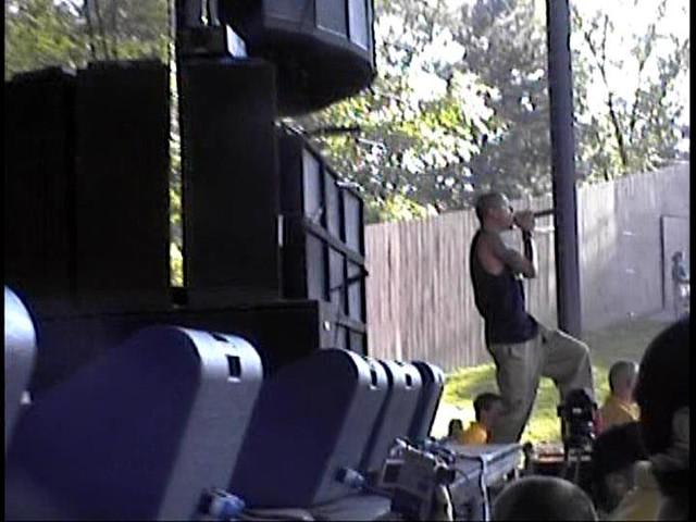 Linkin-Park-2001-06-09-Elkhorn-WI-first-