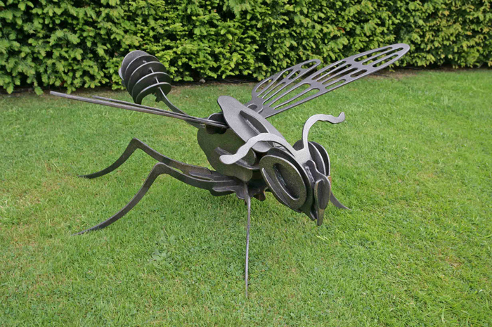 ginat steel wasp insect garden art display