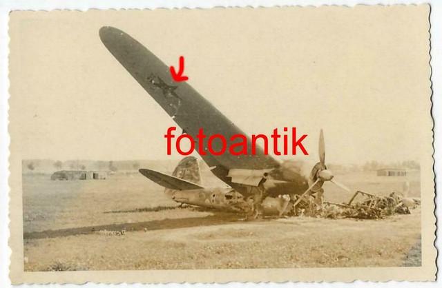 Foto-Gebirgsj-ger-Rgt-99-Flugplatz-zerst-rtes-russisches-Flugzeug-J-ger-Kennung