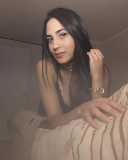 Buenas-noches-Mantente-humilde-se-honesto-y-sonre-al-mundo