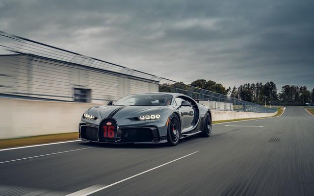 Premiers trajets en Bugatti Chiron Pur Sport 20-11-pur-sport-first-drives-jet-grey