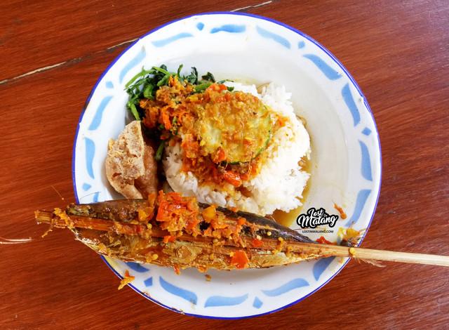 Sego Lombok Mbah Buyut Kuliner Nikmat Serba Pedas