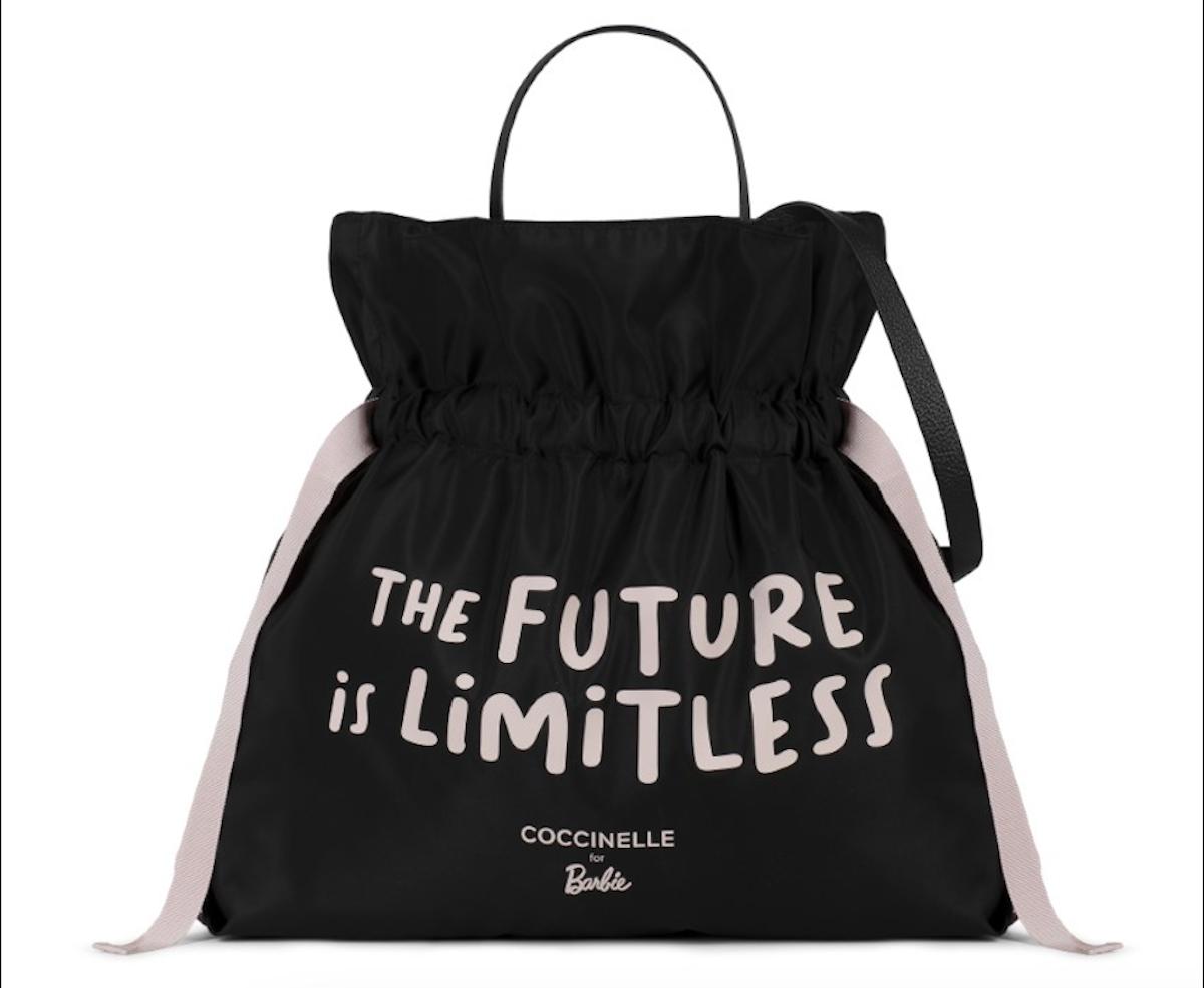 Coccinelle X Barbie, una borsa per l'inclusività