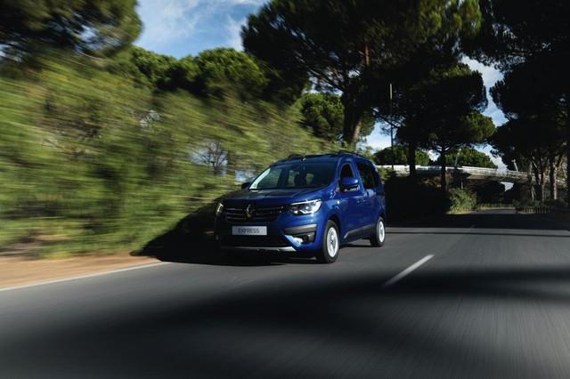 2020 - [Renault] Kangoo III - Page 31 997-EB26-D-CC69-4911-A021-A32-B8-C3367-B4