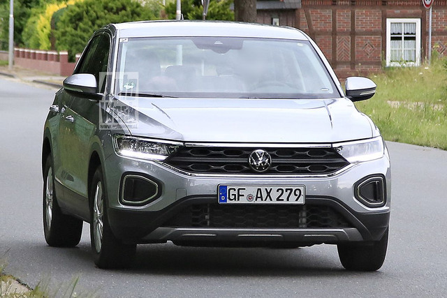 2022 - [Volkswagen] T-Roc restylé  E8337-D07-3-B96-4-C78-B447-834-E30687-C26