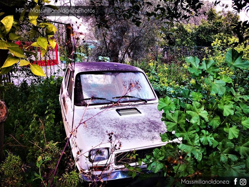 Auto Abbandonate - Pagina 10 Fiat-127-1