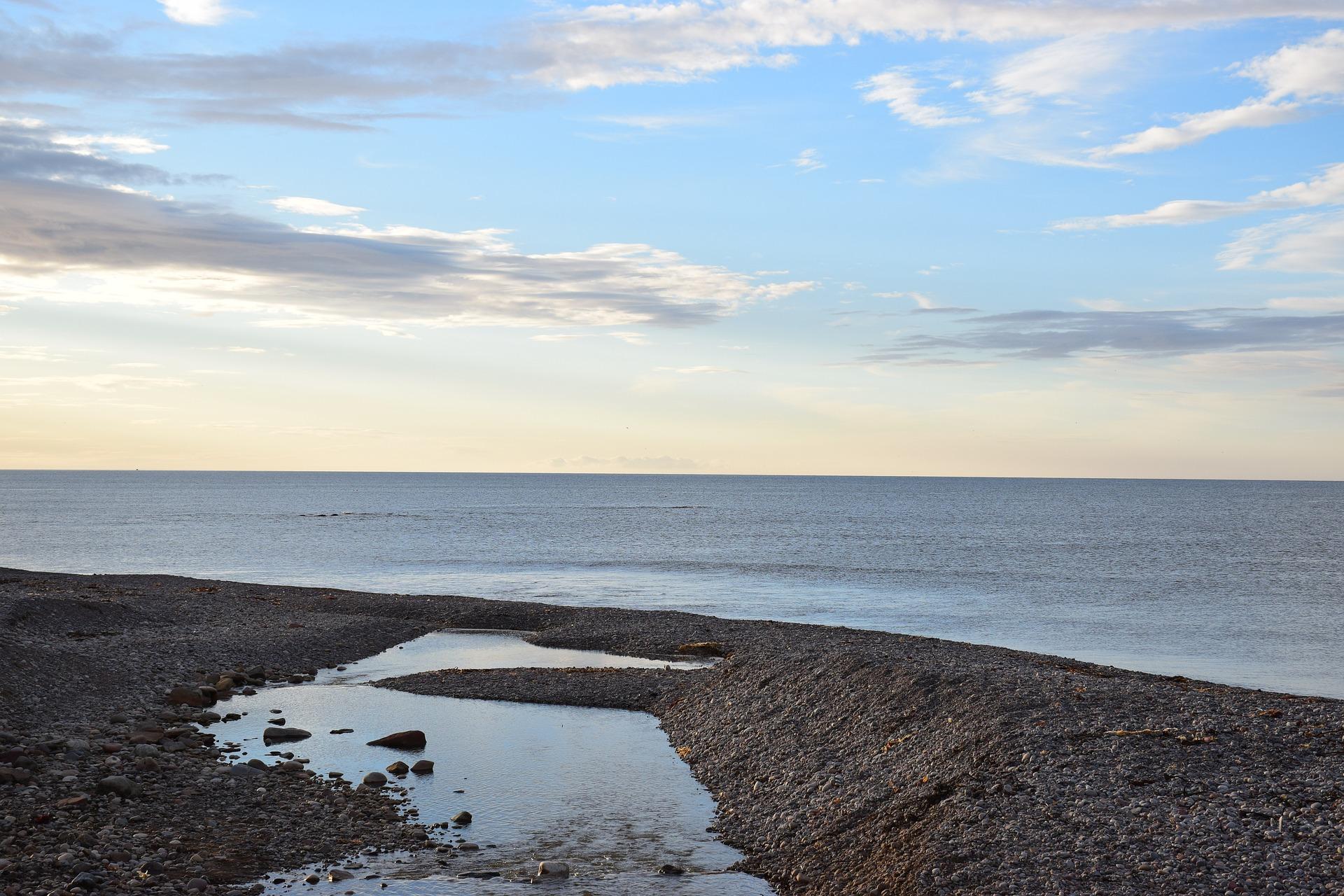 Aberdour Beach by Andrew Buchan