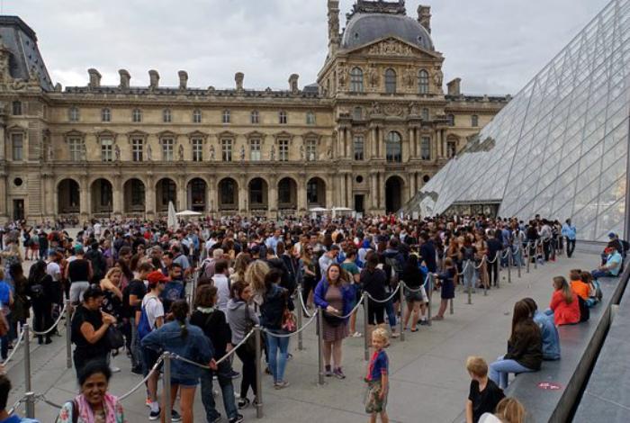 Посещение Лувра.   Фото: TripAdvisor.