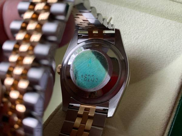 Rolex-Datejust-116203-w-Blue-Concentric-Dial-Jubilee-Band-18-K-2