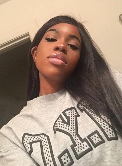Big Lips Ebony