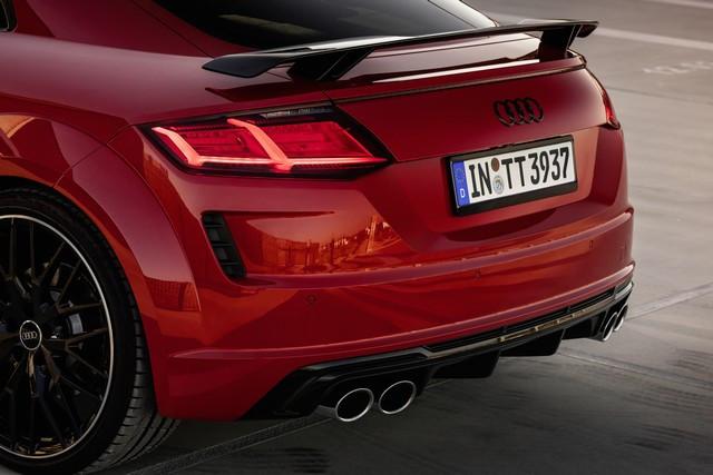 Accent sportif : l'Audi TTS competition plus A208492-medium