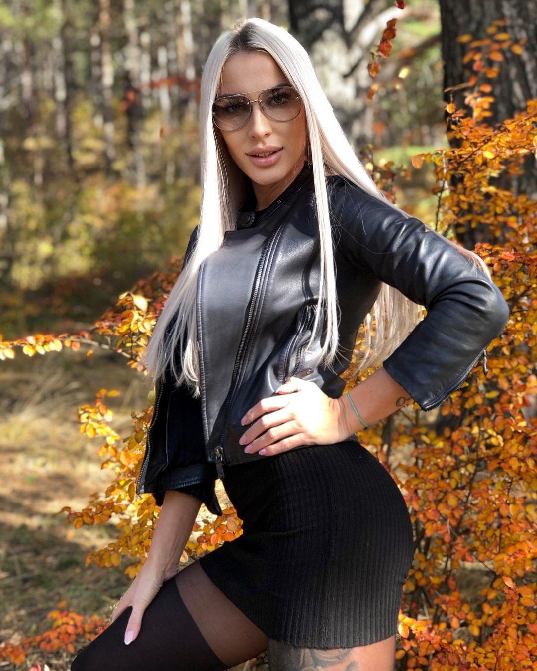 Evgeniya-Alexandrovich-Wallpapers-Insta-Fit-Bio-2