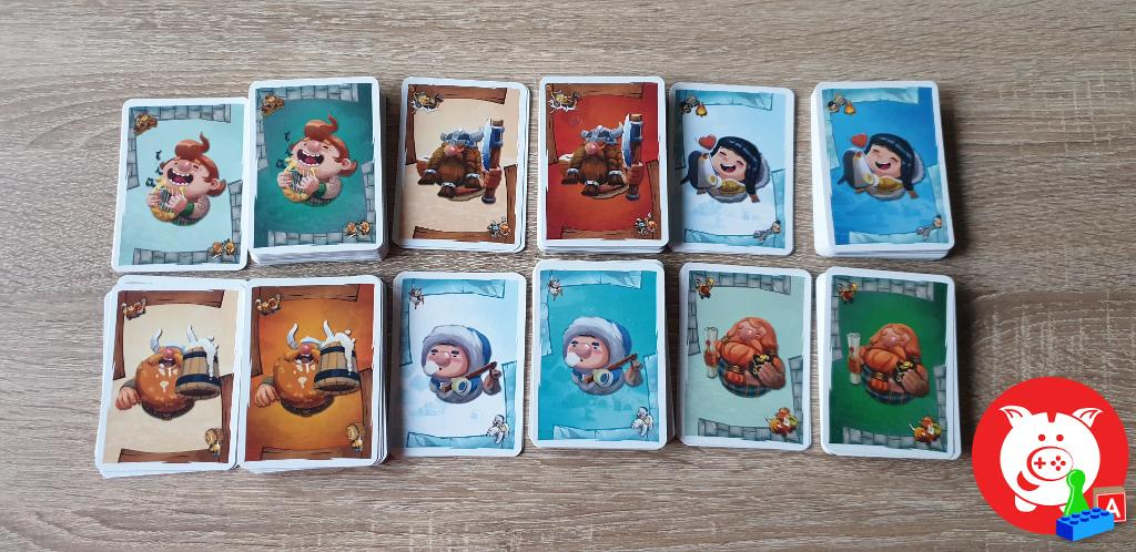 De zes stammen waaruit je kan kiezen. De lichtere kaarten zijn de drie velden waarmee je begint.