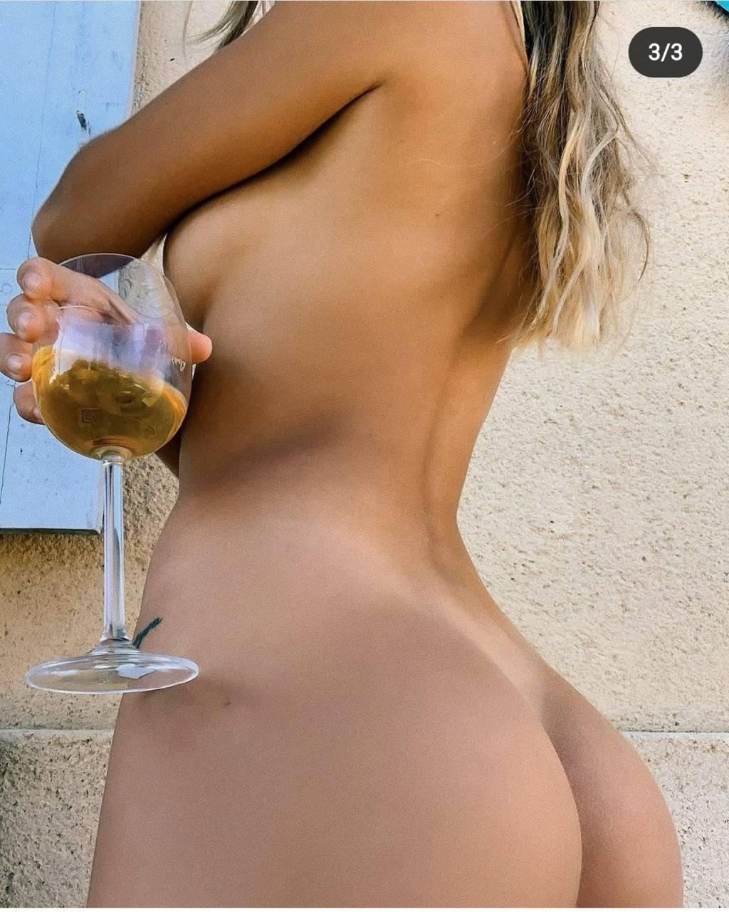 Fit-Naked-Girls-com-Mathilde-Tantot-naked-89