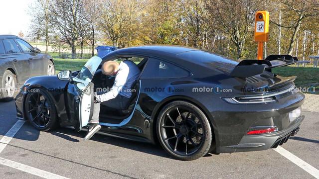 2018 - [Porsche] 911 - Page 22 CDD4-F813-7-FE2-4-E3-C-A86-A-5795-B1-AFBFDE