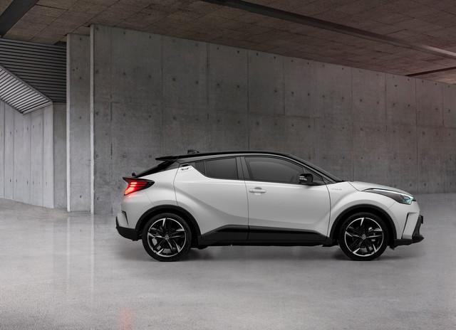 2016 - [Toyota] C-HR - Page 11 A2-D4-A9-C6-BD3-E-4-D0-A-86-C0-BD32-C236-FB69