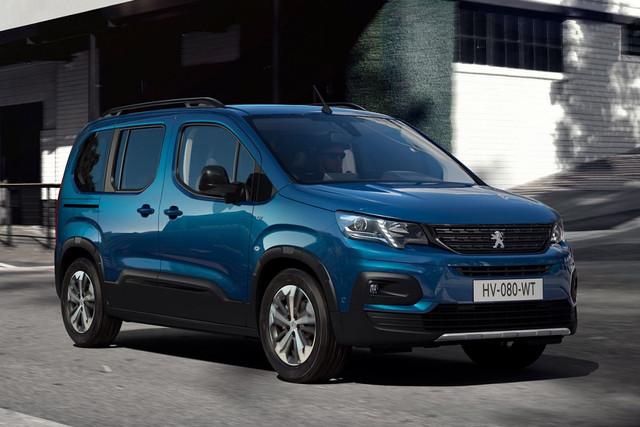 2018 - [Peugeot/Citroën/Opel] Rifter/Berlingo/Combo [K9] - Page 10 97-A9-C920-EE92-40-EB-902-C-7206-A7-BDA78-A