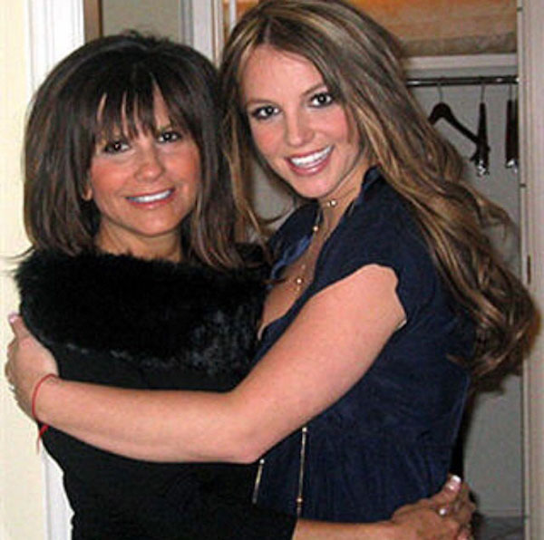 britney-spears-mom-photo-2.jpg
