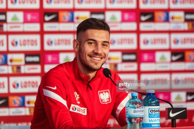 [Image: Jakub-Moder-of-Polish-national-team-spea...5-2021.jpg]