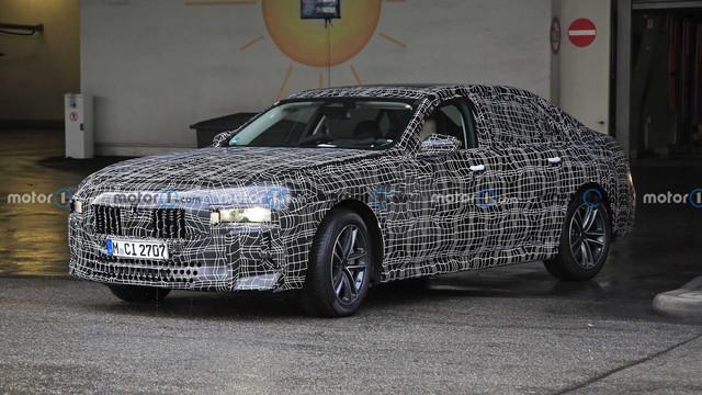 2022 - [BMW] série 7  - Page 5 D5-C46-F2-C-75-A3-460-E-8-B09-49-C3-A5-E34319