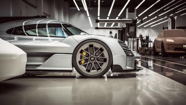 [Actualité] Porsche  - Page 8 06-A409-E3-8-A9-C-4-A35-8-EA5-DA752-B3-DD927