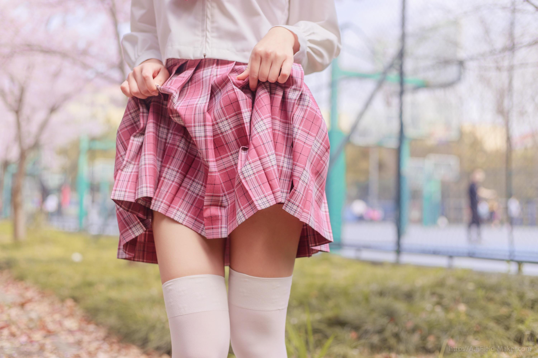Tsubaki Album Vol 001 Pink Sailor suit & White knee socks 桜満開の季節 ピンク色に染めた学園 014