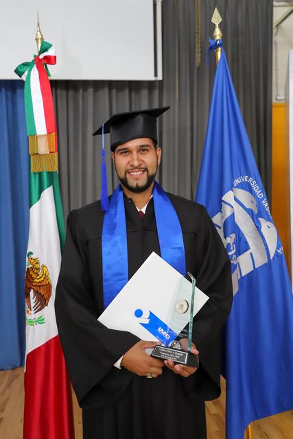 Graduacio-n-Cuatrimestral-80
