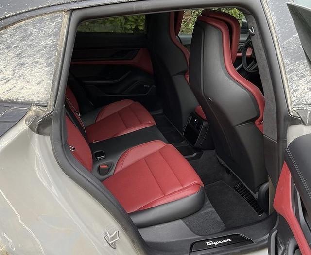 2020 - [Porsche] Taycan Sport Turismo - Page 3 67818286-6105-4-A28-88-C8-740-D1-D0-CFBA6