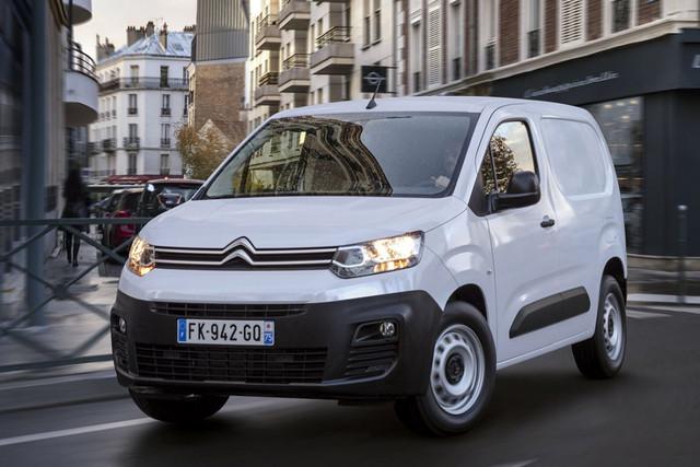2018 - [Peugeot/Citroën/Opel] Rifter/Berlingo/Combo [K9] - Page 9 40-C588-CC-DB48-4894-8-AD6-7-D2-EB912-E50-F