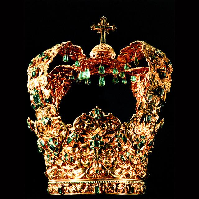 green-crown.jpg