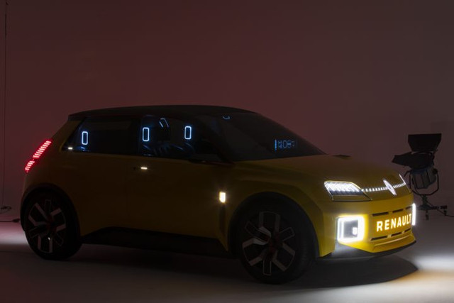 2021 - [Renault] 5 E-Tech - Page 7 7-FB9-E95-A-992-A-448-C-AE0-A-5-A9433-C4-CCEB