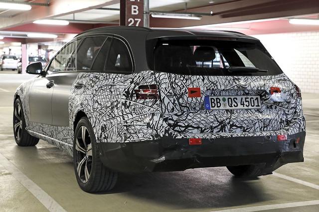 2021 - [Mercedes-Benz] Classe C [W206] - Page 18 FD2-C11-C6-8186-4870-A59-A-3-D9-EEBE49-F33