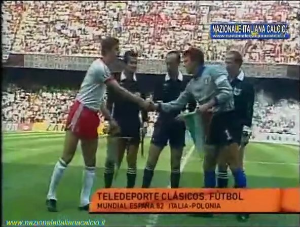 1982-07-08-WC-SF-Italy-vs-Poland-mkv-snapshot-00-00-30-2020-05-15-19-49-26