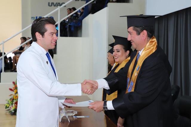 Graduacio-n-Medicina-143