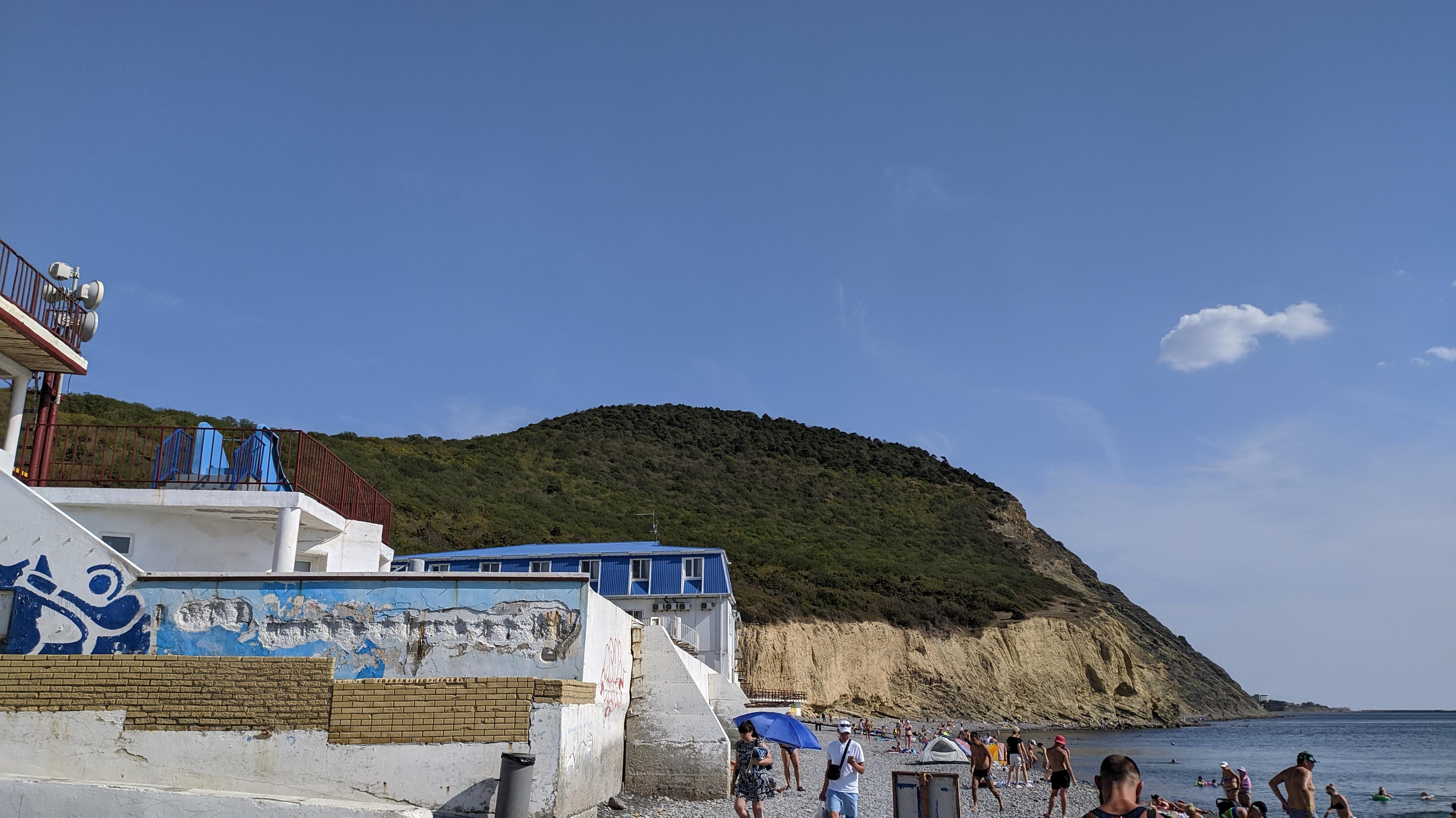 пляж сукко. вид в сторону большого утриша