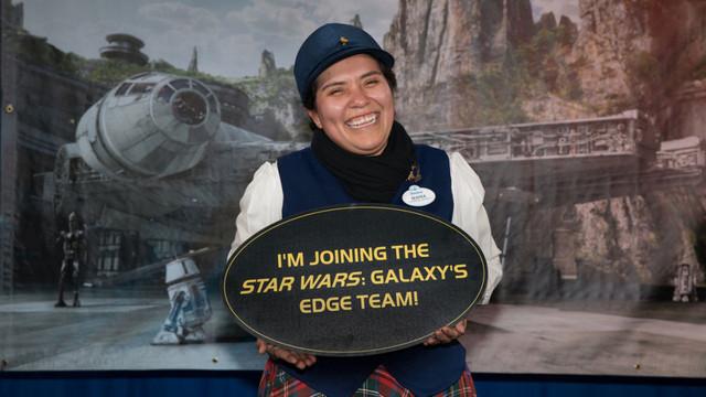 [Disneyland Park] Star Wars: Galaxy's Edge (31 mai 2019) - Page 30 Xx30