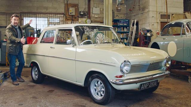 YouTube : Opel et le présentateur vedette Richard Hammond, une histoire d'amour 01-Opel-514219